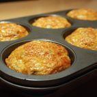 Zemiakové koláče • recept • bonvivani.sk Griddle Pan, Food And Drink, Appetizers, Potatoes, Kitchen, Anna, Recipes, Mascarpone, Cooking