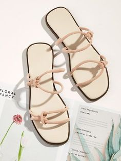 Inspirational Summer Shoes from 56 of the Great Summer Shoes collection is the most trending shoes fashion this season. This Summer Shoes lo. Pretty Shoes, Cute Shoes, Huarache, High Heel Boots, High Heels, Shoes Heels, Shoes Sneakers, Strappy Flats, Flat Sandals