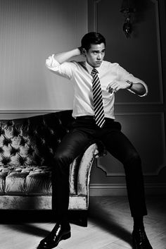 Eddie Peng | 彭于晏 | Bành Vu Yến | Peng Yuyan | D.O.B 24/3/1982 (Aries) Asian Love, Asian Men, Male Stories, Vogue Men, Chinese Man, Martial Artists, Celebs, Celebrities, China Fashion