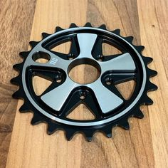 New to 2020, the @tlcbikes Vintage sprocket! Machined from 7075-T6 aluminium at 8mm's thick and styled on a classic 911 Fuchs wheel. Built to last! Available to order now at www.tlcbikes.com #bmx #tlcbikes #bmxbike #bmxsprocket #bmxparts #bmxchainring #chainring #fuchs #fuchswheels #porsche911 #classicporsche #classicvw #chromebmx #blackbmx #vintagebmx #classicbmx Black Bmx, Bmx Sprocket, Bmx Parts, Bmx Bikes, Porsche 911, Chrome, Classic, Vintage, Style