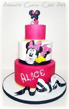 Minnie Mouse Fuchsia Cake by Azzurra Cuomo Cake Art