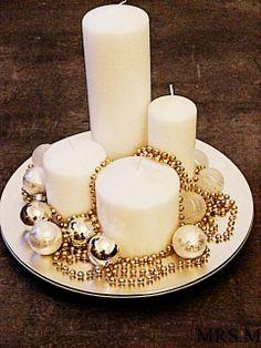 couronne de l'avent,bougie,blanc et or