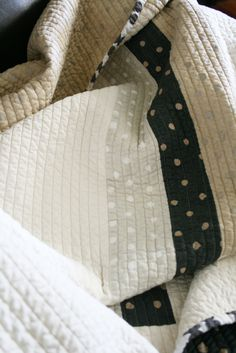 ::Soft and luxury blanket made from double gauze cotton fabric by Naomi Ito::