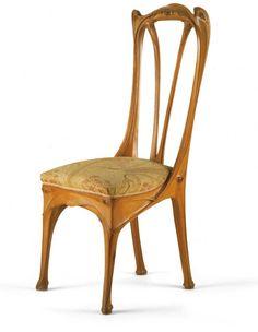 Chaise.  Hector Guimard (1867-1942), architecte. Ateliers d'Art et de Fabrication Guimard, fabricant Paris, vers 1903.  Musée des Arts Décoratifs, Paris.