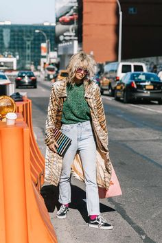 Discover recipes, home ideas, style inspiration and other ideas to try. Hipster Grunge, Grunge Goth, Street Style Vintage, Looks Style, My Style, Scandinavian Fashion, Over The Top, Street Style Trends, Mode Inspiration