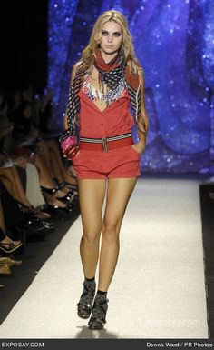 trend fashionable runway shows