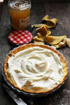 Mais pourquoi est-ce que je vous raconte ça... Dorian cuisine.com: Le vendredi c'est retour vers le futur… Ma tarte au Petits suisses pour m...