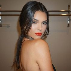 Ariel:✨Glam @kendalljenner Makeup by Me and Hair by @clydehairgod #MakeupByAriel #KlassicBeauty #kendalljenner