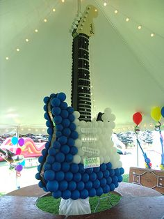 With Guitar Hero as the theme, this birthday party was all kinds of fun! Contact us for a special balloon themed birthday party. Balloon Decorations Party, Party Decoration, Balloon Display, Guitar Party, Balloons Galore, Rock Star Party, Balloons And More, Music Party, Event Decor