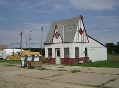 Tudor-stlye Skelly service station. My grandfather had one in St. Paul.