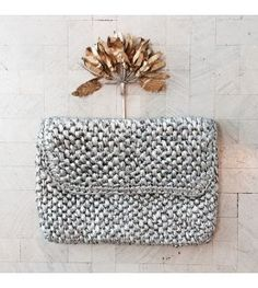 The Rhythm Raffia Clutch (Silver) -