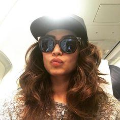 Another selfie;) Bye bye mumbai.. see u tom!! ✌️✌️️