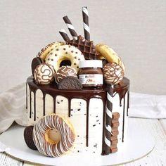 (notitle) 126 Source by jarina_popovich Köstliche Desserts, Delicious Desserts, Dessert Recipes, Chocolate Drip Cake, Beautiful Birthday Cakes, Crazy Cakes, Birthday Cake Decorating, Just Cakes, Cake Decorating Techniques