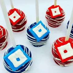 Excited to share this item from my #etsy shop: Roblox Cake Pops #roblox #gamer #gaming #cakepops Roblox Birthday Cake, Roblox Cake, Birthday Cake Pops, 9th Birthday, Birthday Ideas, Birthday Parties, Dinosaur Cake Pops, 18th Cake, White Cake Pops