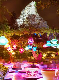 Matterhorn & Tea Cups at night @ Disneyland absolutely gorgeous. I need those lights in my room