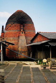 beehive pottery kiln, Mekong Delta