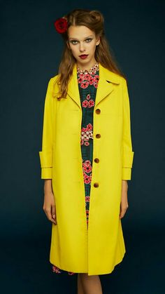 Orla Kiely - Spring 2018 Ready-to-Wear Orla Kiely Spring 2018 Ready-to-Wear Fashion Show Collection See the complete Orla Kiely Spring 2018 Ready-to-Wear collection. Women Business Attire, Fashion 2018, Fashion Week, Fashion Outfits, Fashion Trends, Spring Summer Fashion, Spring Outfits, Autumn Fashion, Catwalk Collection