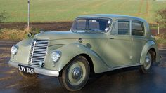 ARMSTRONG SIDDELEY Whitley. What a beautiful car!