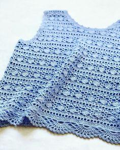 Tops A Crochet, Cute Crochet, Modern Crochet, Bracelet Crafts, Crochet Clothes, Projects To Try, Knitting, Stylish, Handmade