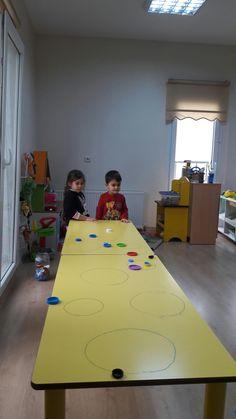 Hedef oyunu Family Fun Night, Birthday Party Games, Baby Games, Preschool Activities, Montessori, Crafts For Kids, Motor Activities, Creative Activities, School