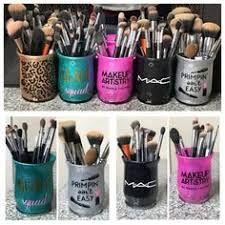 Items similar to Custom glitter makeup brush holders on Etsy Custom glass glitter makeup brush holders Custom color Custom design Makeup Jars, Diy Makeup Brush, How To Clean Makeup Brushes, Hair Makeup, Makeup Geek, Eyeliner Makeup, Glitter Make Up, Glitter Cups, Glitter Bomb