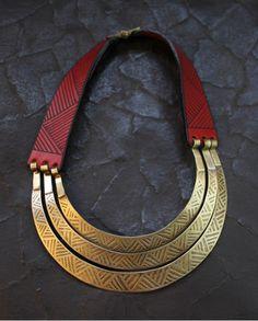 3 Choker Necklace – Noor Design   Noor Design in Köln verkauft einzigartige handgefertige Produkte - Taschen aus hochwertig verarbeitetem Leder, Schmuck, Accessoires und Lampen aus Messing und versilbertem Messing - die in Kairo angefertigt werden. www.noor-design.me