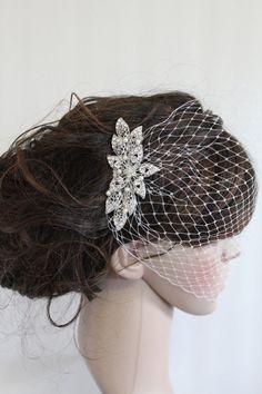 wedding fascinator,bridal Swarovski Pearls Comb,Wedding comb,bridal headpieces,rhinestone bridal Hair comb,bridal birdcage veil,bridal comb