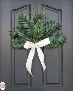 Easy front door decoration. Nice for Palm Sunday and refreshing for spring!
