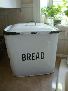 vintage enamelware graniteware bread box. I'll be hunting for one of these on my next antique trip.