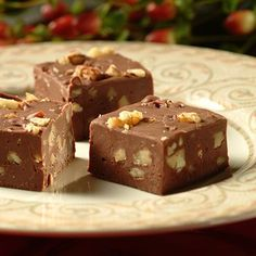 Foolproof Chocolate Fudge (only 3 ingredients...4 if you add chopped nuts)