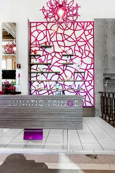 STATEMENT WALL at Lunatic Fringe Salon | Click for more #saloninspiration