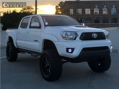 Largest Online Truck Fitment Gallery Browse the largest online truck fitment gallery, curated by enthusiasts, for enthusiasts. 2005 Toyota Tacoma, Toyota Trucks, Jeep, Tacos, Toyota Cars, Jeeps