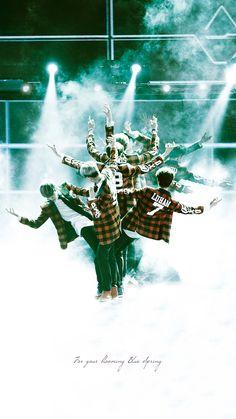 Exo in wolf ♡. Sehun And Luhan, Park Chanyeol, Exo Showtime, Exo 12, Exo Official, Exo Lockscreen, Wolf Wallpaper, Xiuchen, Hunhan