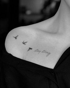 Stay strong with Fiu Tran - Idei Tatuaje - . - Stay strong with Fiu Tran – Idei Tatuaje – - Mini Tattoos, Trendy Tattoos, Body Art Tattoos, Small Tattoos, Sleeve Tattoos, Tattoos For Women, Tattoos For Guys, Cool Tattoos, Turtle Tattoos