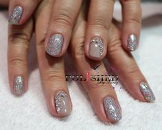 CND SHELLAC FIELD FOX AND A MIX OF LECENTE HOLOGRAPHIC GLITTERS x