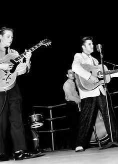 Scotty Moore, Bill Black and Elvis photographed on stage at the Ellis Auditorium in Memphis, TN, December Photo by Robert W. Elvis Presley House, Elvis Presley Photos, Black Elvis, Rock And Roll, All Star, Scotty Moore, Sun Records, Young Elvis, American Legions