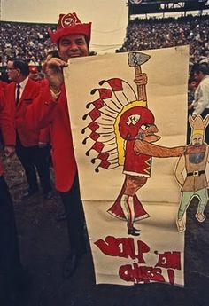 Chiefs fan at Super Bowl IV. Tomahawk Chop, Super Bowl, How To Memorize Things, Corner, Memories, Make It Yourself, Fan, Memoirs, Souvenirs