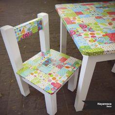 mesa y sillitas