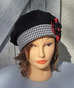 Béret chapeau mi-saison coton noir et blanc avec fleur déco Taille 57,5 à 59cm…