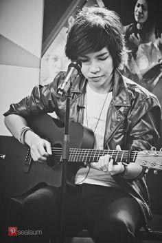 @rosesirintip #ClubFridayTheSeriesIII #rosesirintip #djheytime #greenchannel #singer #vocalist #musician #thailand