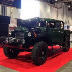 DODGE POWER WAGON RENEW