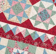 With a splash of color and a full helping of floral style, the Medallion Quilt will satisfy any quilter's appetite! Just grab the kit, and you'll receive a pattern plus the perfect amount of Boundless Heirloom Bloom fabric to sew this fetching quilt top.