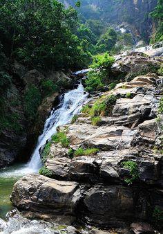 Rawana Ella Falls, Sri Lanka