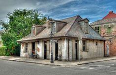 lugares embrujados Lafitte's Blacksmith Shop Bar