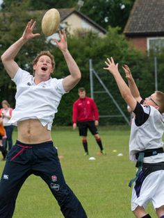 Gallery: Prince Harry shows off his sports skills (and his abs) Prince Harry Photos, Pictures Of Prince, Horse Guards Parade, Celebrity Workout, Celebrity Fitness, Athletic Supporter, Ginger Men, Prince Henry, Handsome Prince