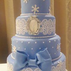 Bolo Fake Moana, Bolo Fake Princesa, Bolo Frozen, Decorative Boxes, Cake, Costa, Frozen Party, Princesses, Creativity