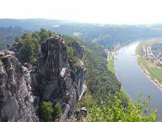 Elbsandsteingebirge in der Nähe von Rathen (Sachsen)