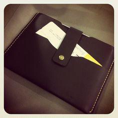 Traveling with @COCUAN - Artículos de Cuero | Leather Goods to Madrid! @_mister_de  www.cocuan.com