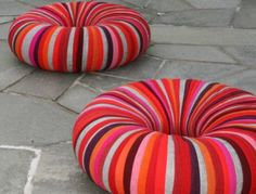 CHAIRS = inner tubes wrapped in fabric. Fun with outdoor fabric for exterior lounge