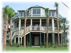 $4000 per week not beach front but v nice and available 2-9 june